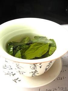 Chá para cólicas menstruais