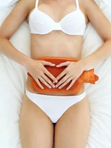 O que tomar quando se sentem cólicas menstruais
